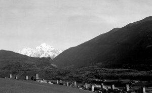 Местиа и гора Тетнульд