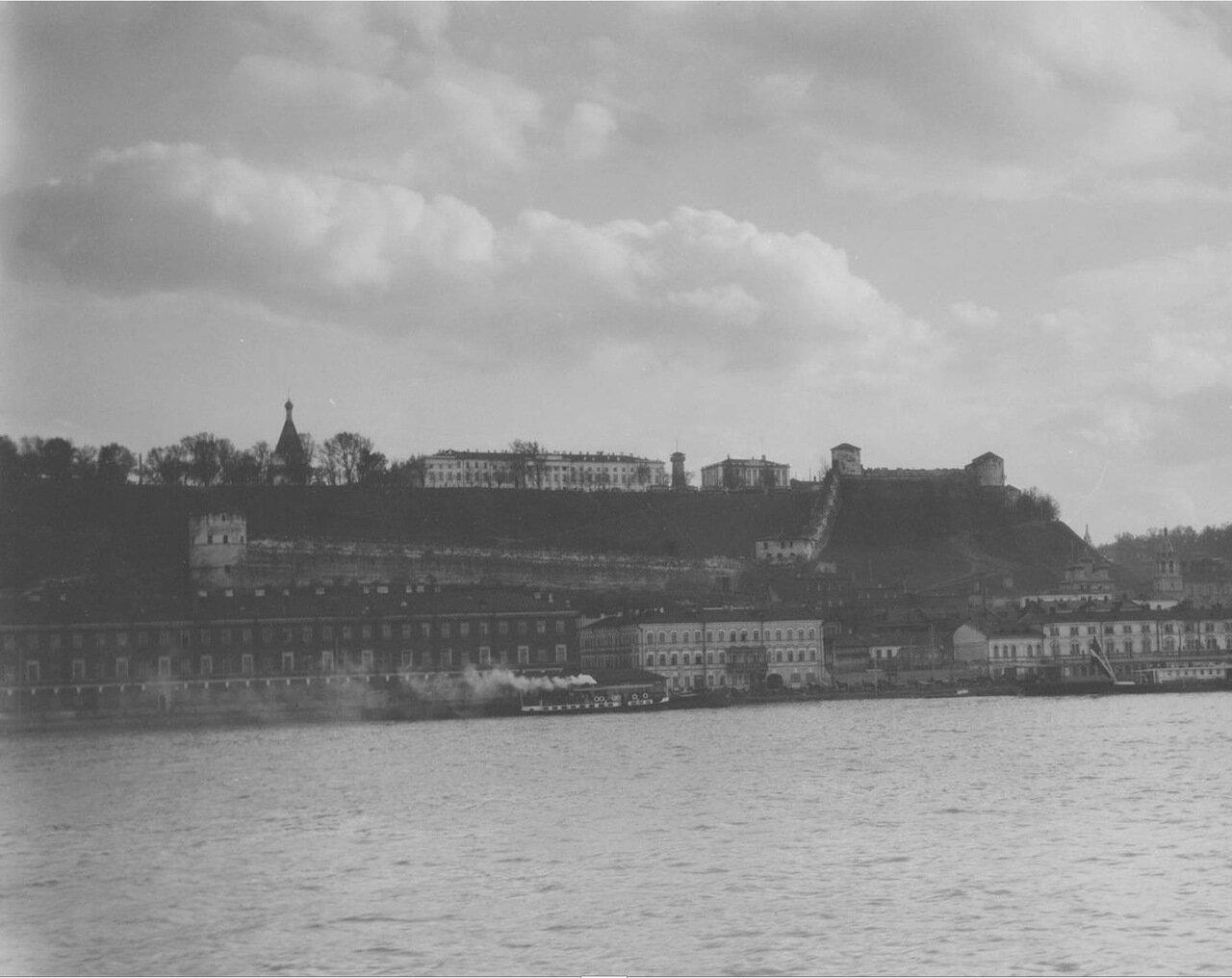 20. Нижний Новгород. Вид на город и Кремль с Волги