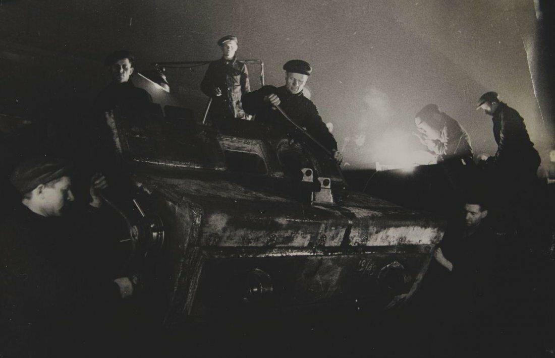 1940. Анатолий Васильевич Скурихин. Рабочие