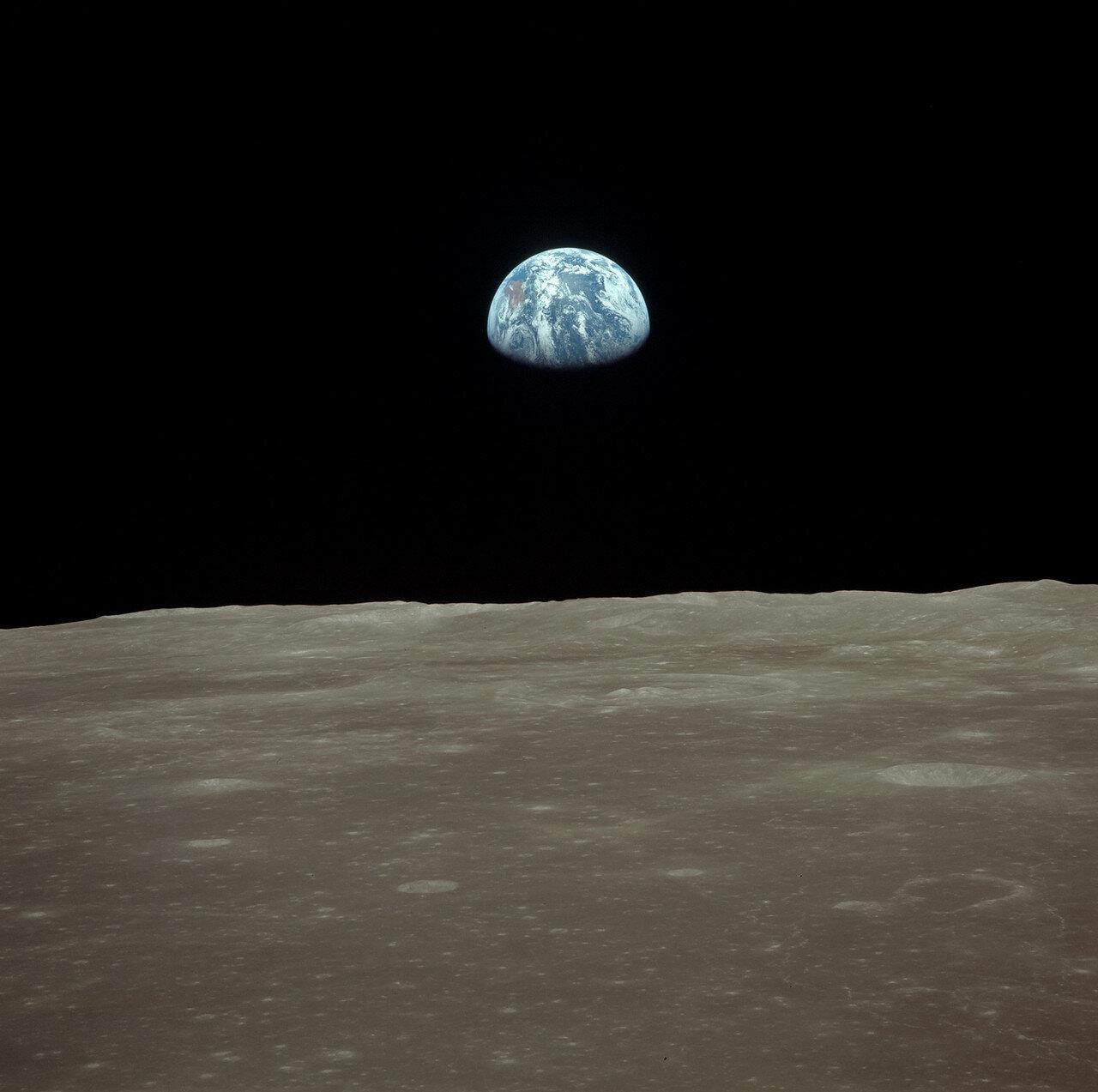 Вскоре после того, как Армстронг и Олдрин перешли в командный модуль, взлётная ступень «Орла» была сброшена. Она осталась на орбите, но со временем должна была упасть на Луну