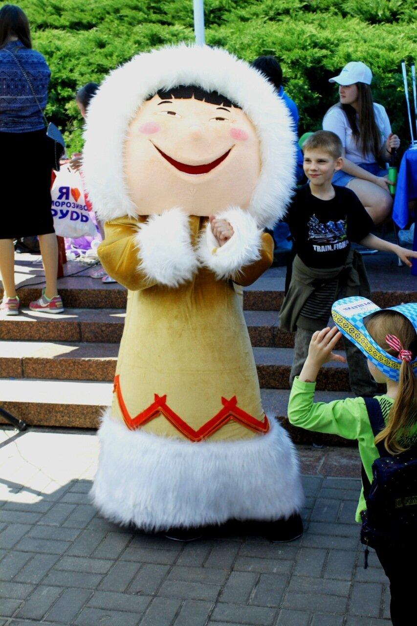 Промоутер фестиваля мороженого