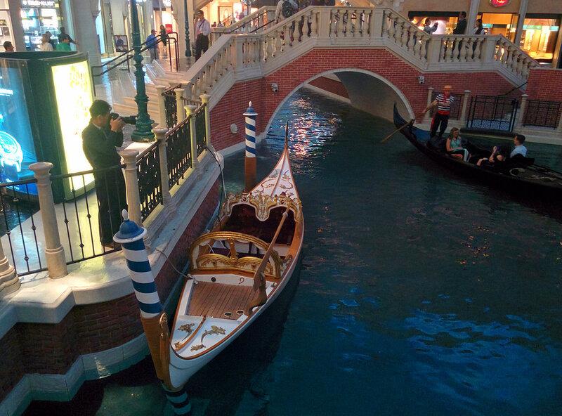 Внутри отеля Венеция, Лас Вегас