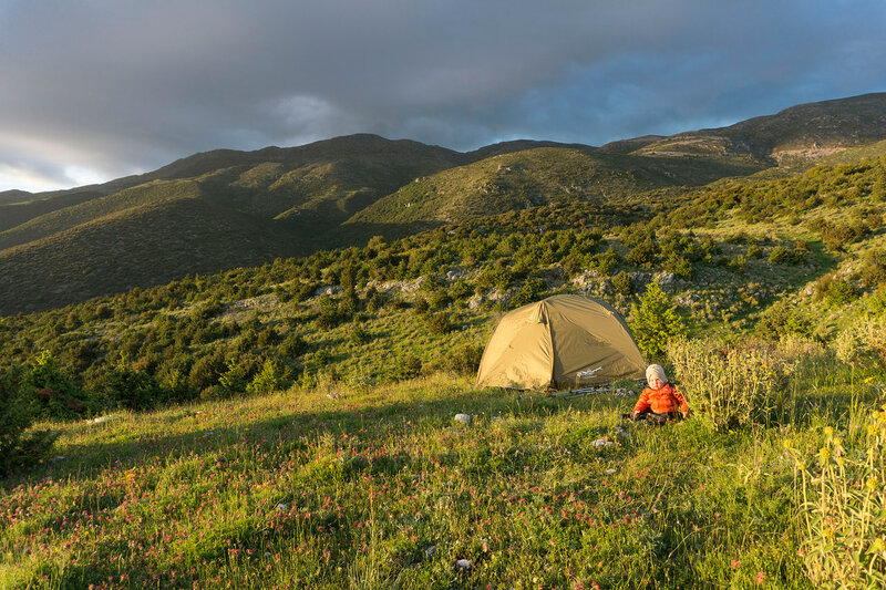 ночевка в палатке в горах Северный Пинд, Греция