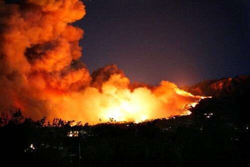 Под Кишиневом вторую неделю не могут потушить пожар