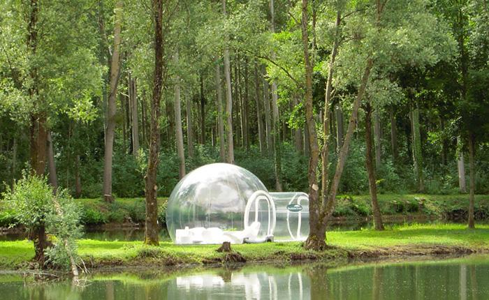 Прозрачная надувная палатка для любителей отдыха под звёздами