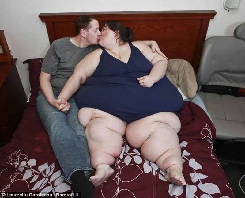Сексологи уверены: морфофилами (поклонниками очень толстых женщин) являются 10-15% мужчин. Более тог