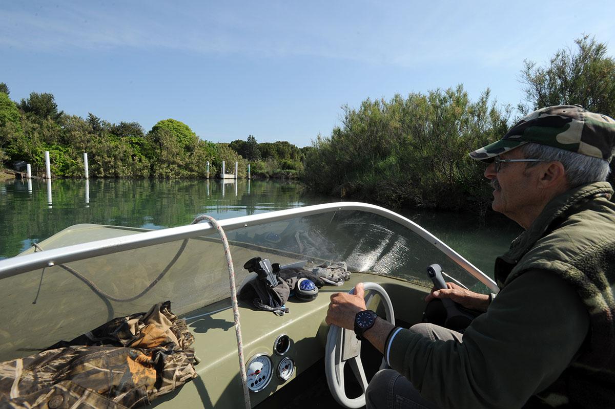 33. Местные рыбаки с удовольствием устраивают обзорные экскурсии по своей любимой лагуне с дюжиной к
