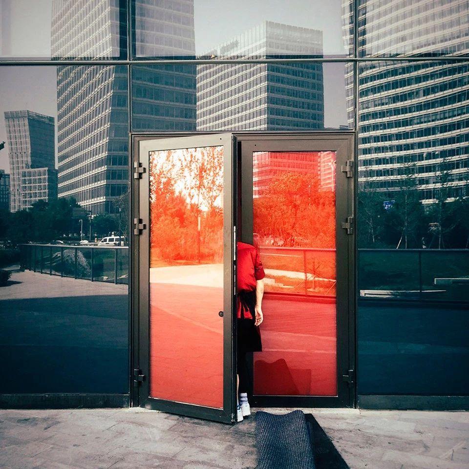 «Красная дверь», Цзянь Ван. Победитель основного конкурса.