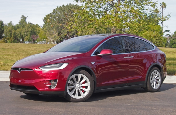 Чем удивила Tesla Model 3 напрезентации?