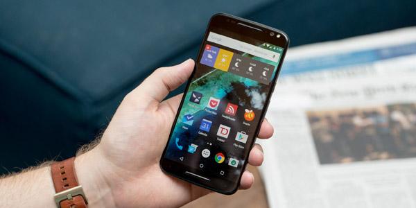 Фотографии Moto X (2017)— характеристики среднего уровня?
