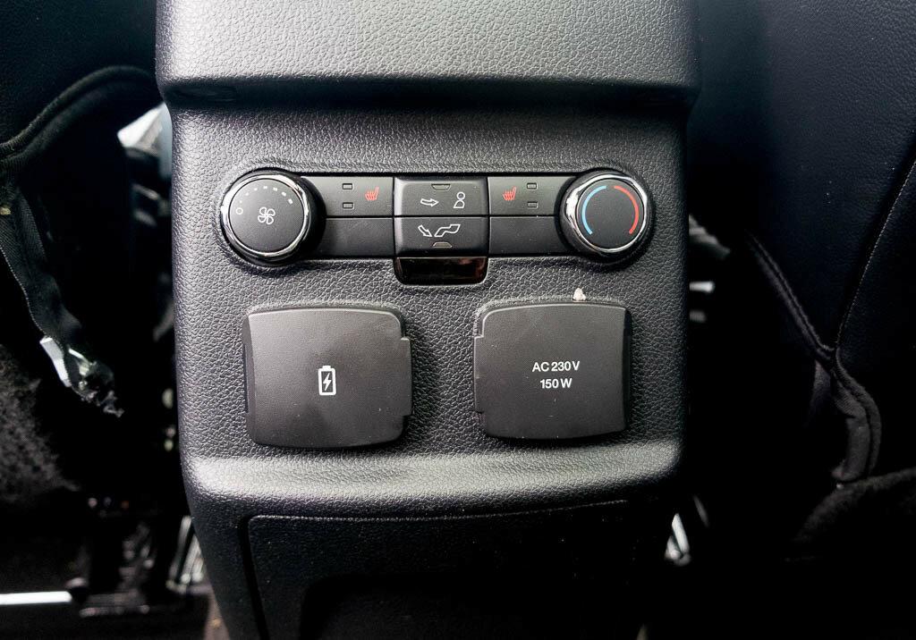 Тест-драйв Ford Explorer 2016