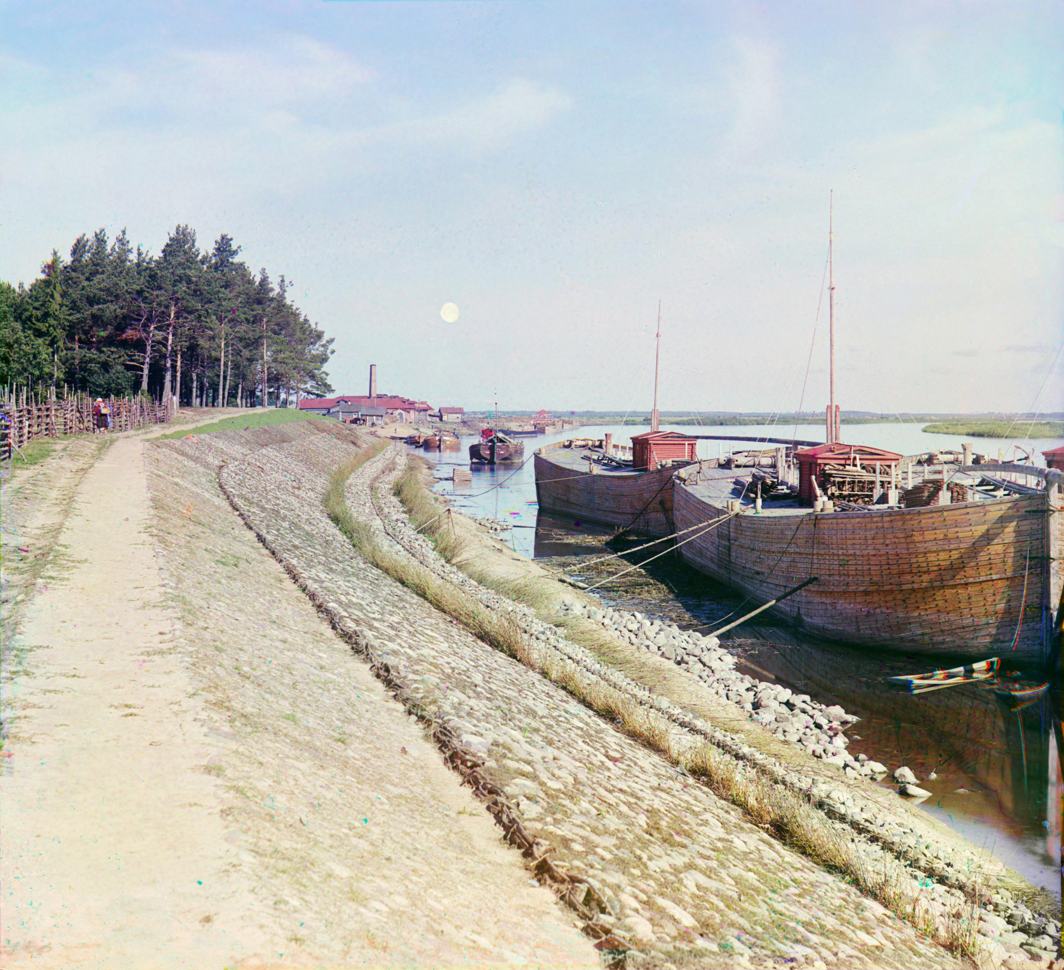 Местечко Вохново. Береговые укрепления