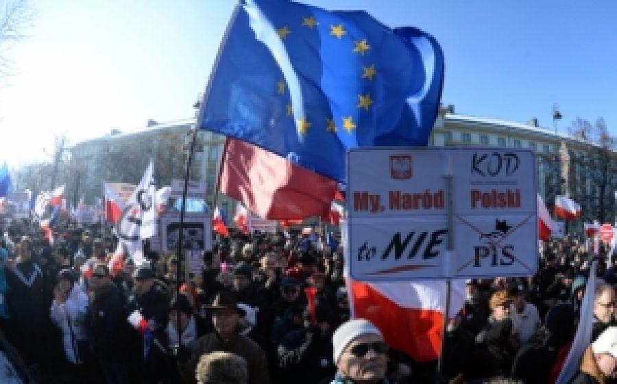 Позвольте Польши быть Польшей! О либеральный лжемайдан