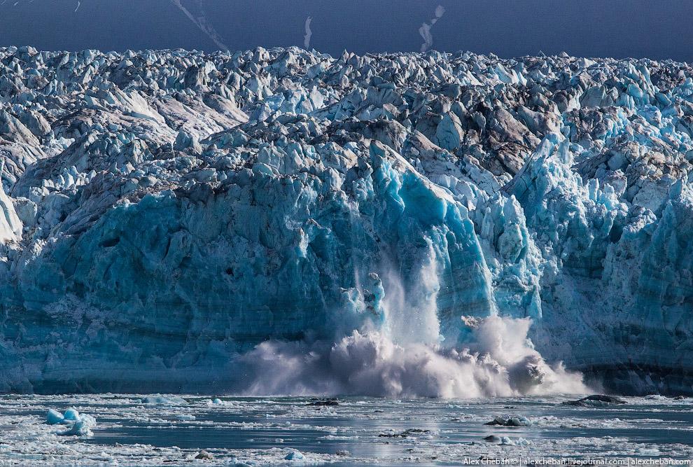 19. Пишут, что капитан иногда сигналит, чем вызывает искусственные отломы льда, у нас такого не