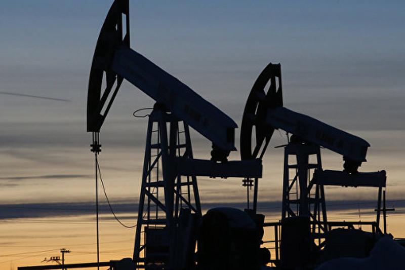 Иран ненамерен замораживать добычу нефти