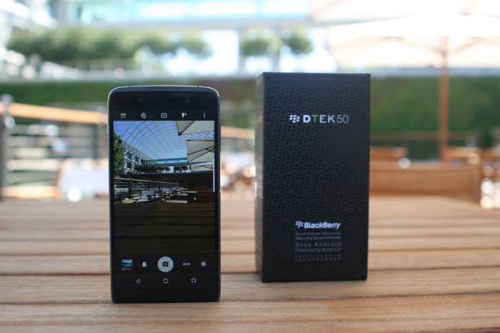 TCL Communication получила эксклюзивные права навыпуск телефонов BlackBerry