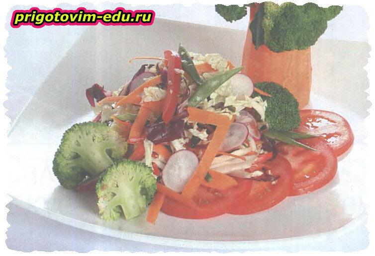 Салат из краснокочанной капусты с фасолью и редисом