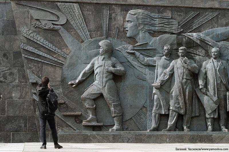 13. Аллея Космонавтов. 11.04.16.11..jpg