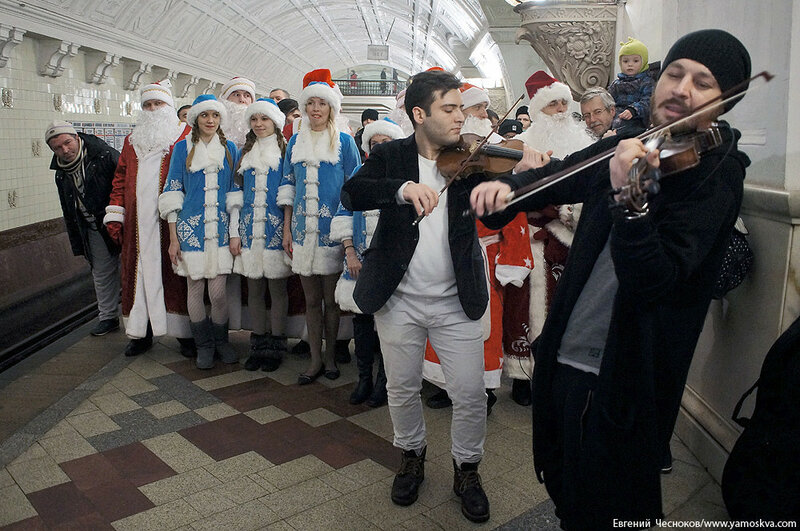 Новогодний поезд метро. 15.01.17.04..jpg