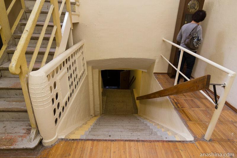 Главная лестница, палаты Аверкия Кириллова