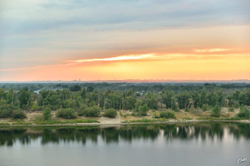 Закат на реке Ахтуба г. Волжский