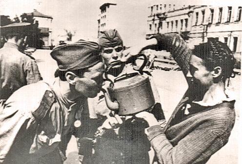 А на завтра была война..(Хроника Великой Отечественной 1944-45г.)
