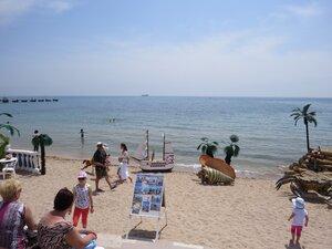 Морской пляж в Евпатории