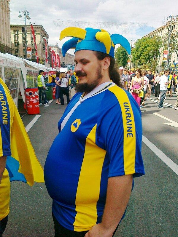 Украинский болельщик в фан-зоне на Крещатике