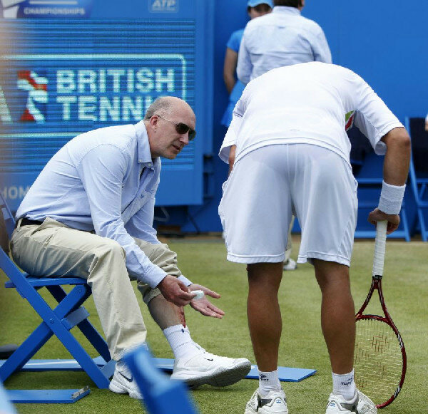 Теннисист Налбандян жестоко ударил судью
