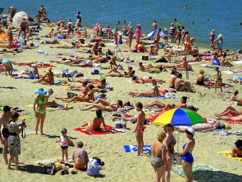 Светлогорский пляж летом