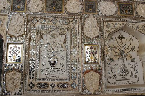 Роспись стен в Зеркальном дворце