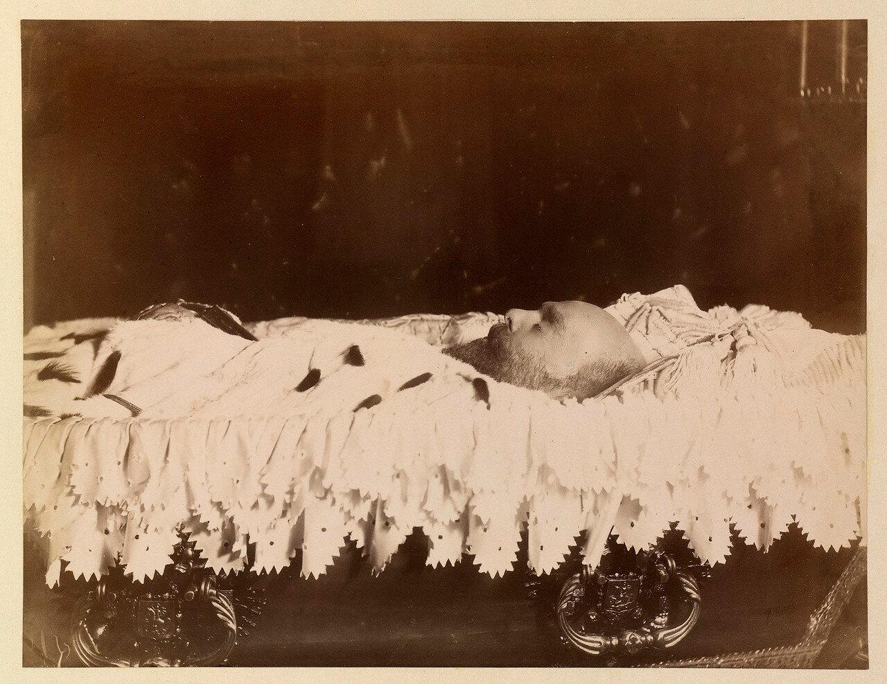 1894. Александр III на смертном ложе