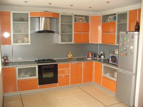 Любая корпусная мебель на заказ: кухни, прихожие, шкафы-купе, спальни. . С