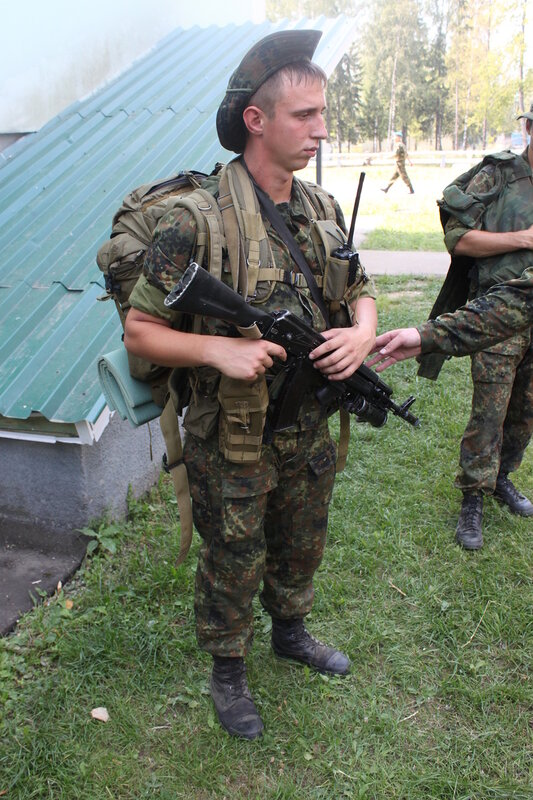 ...снаряжение для испытания в боевых условиях.  Спонсорская разгрузка.