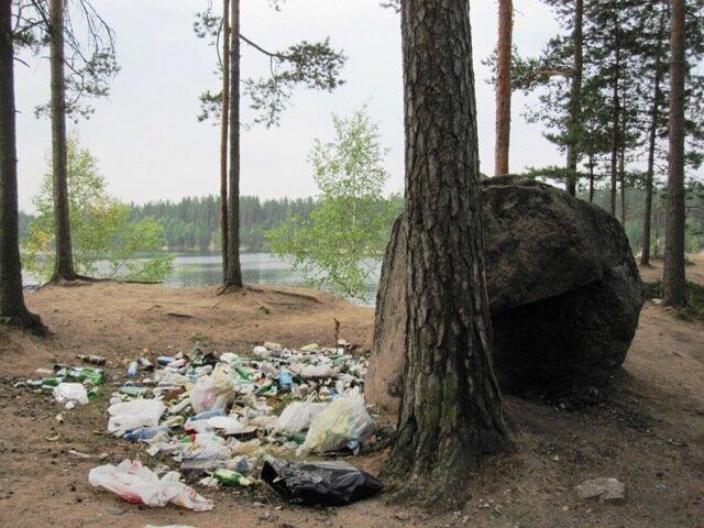 Мусор озеро Россия Выборг экология