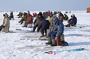 Советы от МЧС: как вести себя на зимней рыбалке