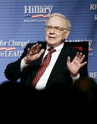 File photo of Warren Buffet at fundraising event for U.S. Democratic presidential candidate Clinton in New York City