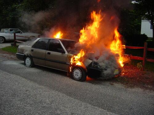 Некачественный антифриз может устроить возгорание автомобиля