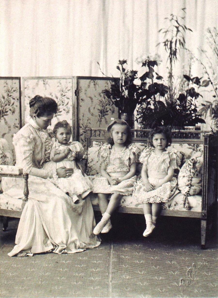 Николай 1 семья дети фото