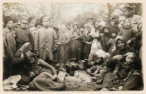 Беженцы от линии фронта Первой мировой войны