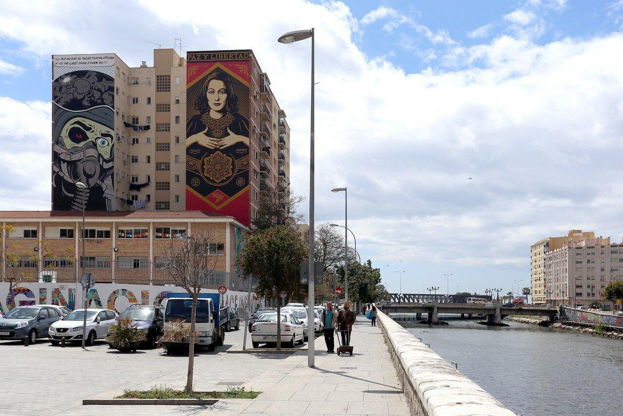 Малага. Набережная Команданте Бенитес (Avenida del Comandante Benítez)