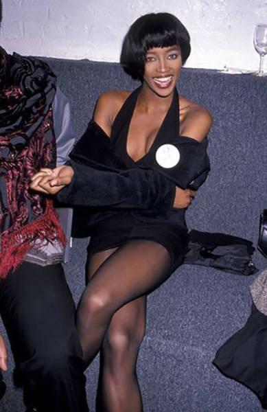41. Джулия Робертс, 1990