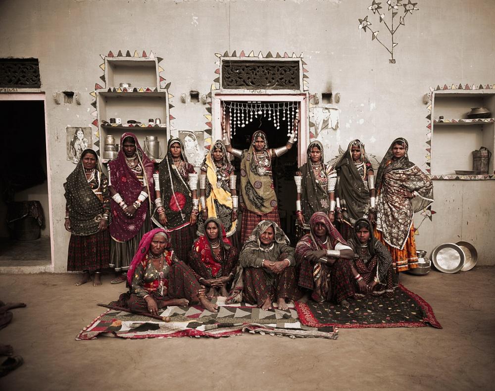 Это племя сосвоеобразными персидскими чертами лица мигрировало изИранского нагорья более тысячелет