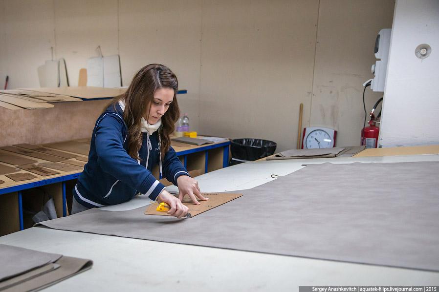 10. Каждая модель дивана имеет достаточно большое количество деталей, которые нужно обшить коже