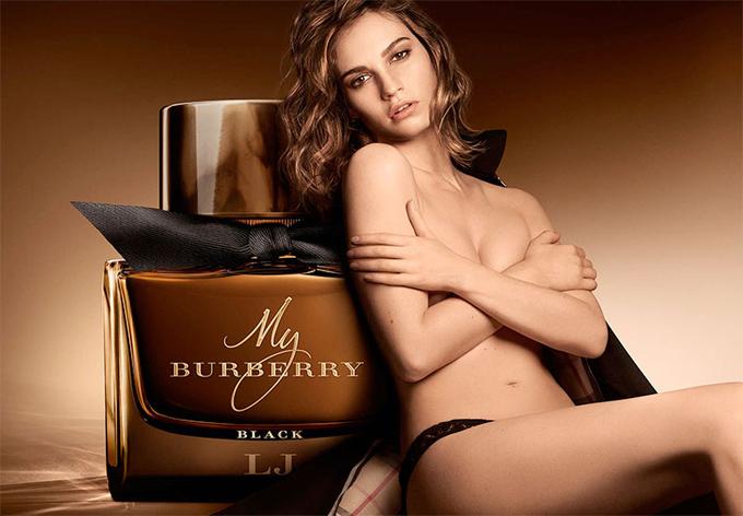 Лили Джеймс в рекламе My Burberry Black