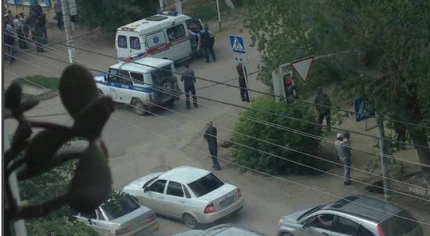 НаYouTube возникла запись суличной камеры вказахстанском Актобе