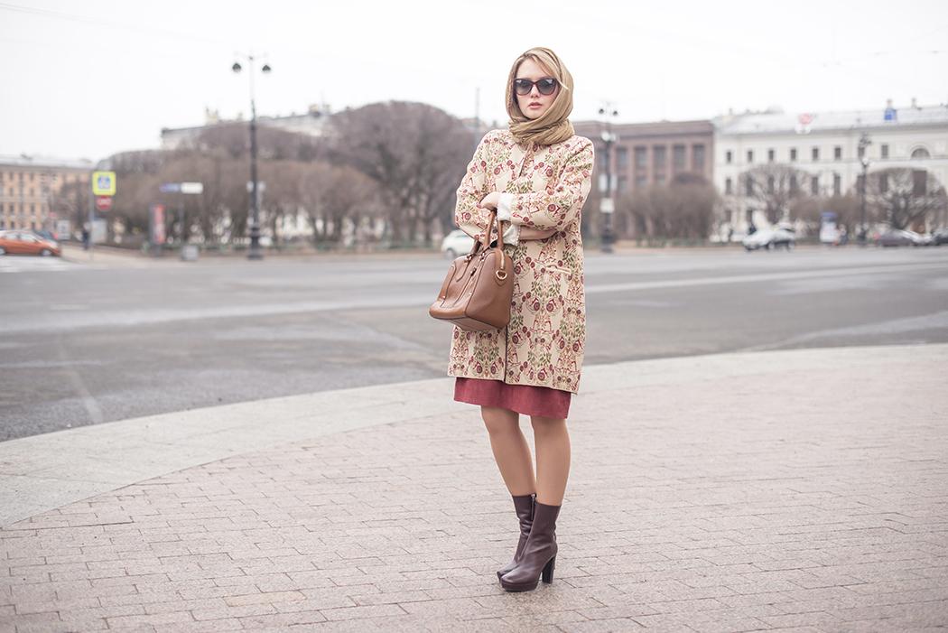inspiration, streetstyle, spring outfit, annamidday, top fashion blogger, top russian fashion blogger, фэшн блогер, русский блогер, известный блогер, топовый блогер, russian bloger, top russian blogger, streetfashion, russian fashion blogger, blogger, fashion, style, fashionista, модный блогер, российский блогер, ТОП блогер, ootd, lookoftheday, look, популярный блогер, российский модный блогер, russian girl, stefanel, цветовые сочетания, marsala dress, suede dress, платок на голове, как завязать платок, marc cain boots, streetstyle, красивая девушка, floral coat, dolce&gabbana bordo sunglasses, Анна миддэй, анна мидэй, pantone 2016