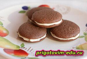 Пирожные шоколадные с зефиром