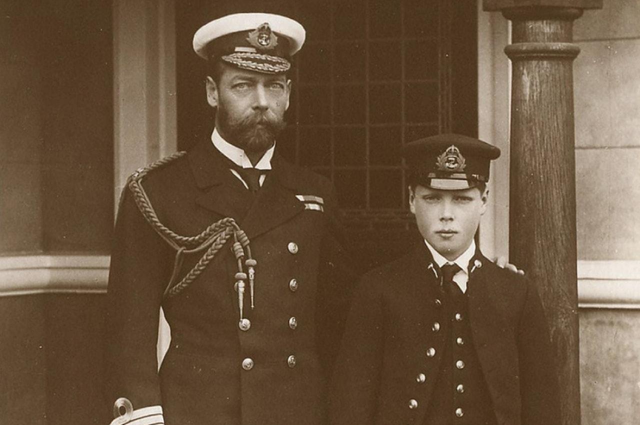 Король Георг V вместе с сыном, будущим Эдуардом VIII