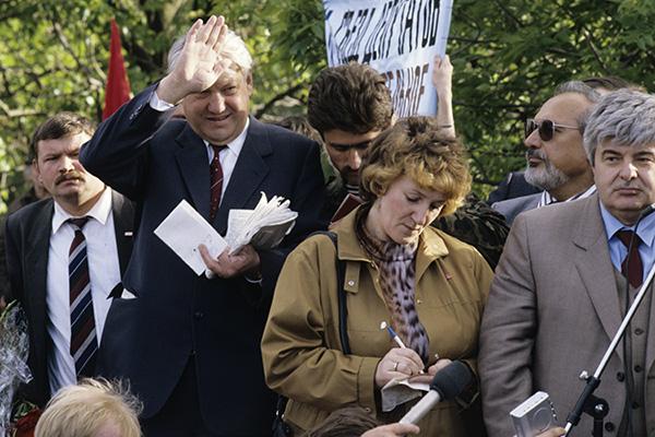 25.05.2015 08:50. «Во время ГКЧП произошла революция в самом Ельцине»